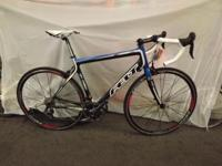 PERFECT Felt Z4 road bike... retail value is $2449.99,