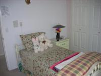 Completely furnished rooms for immediate rent in