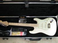 ABSOLUTE Perfect condition. Olympic White Body. Fender