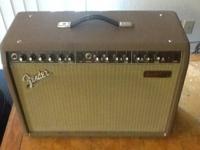Fender acoustasonic amp Perfect as a smaller venue