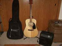Selling Fender acoustic guitar, Road Runner carrying