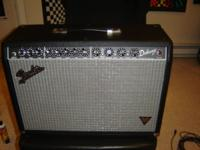 mint,new, fender deluxe VM all tube guitar amp. has