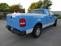 Excellent condition, Fiberglass Truck bed cover with