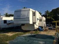 2003 Cedar Creek 30 rlbs Clean and solid rv for the