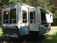 32ft fifth wheel three slide grt condition Prarie