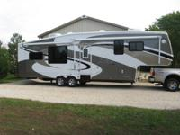 2009 Cedar Creek Custom. 34SATS. This coach has been