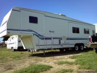FOR SALE   A TERRY FIFTHWHEEL TRAILER