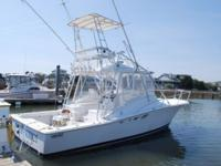 Description Classic Luhrs 32 Express with Cummins