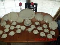 Will add china cabinet for extra 50 bucks or sell