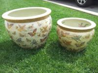 Description: Set of two hand printed flower pot, with