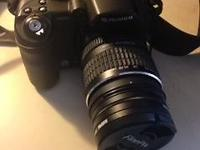 Finepix Digital Camera, comes with two lens pieces i