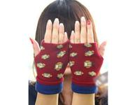 GLOVES - Maroon Style: Fingerless with cuffs Pattern: