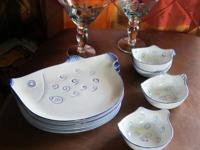 Pretty set of 4 snack/salad plates and sauce bowls in