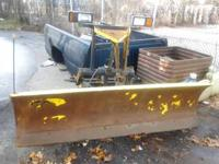 Decent 7.5 ft mm1 hydraulic snow plow for sale works