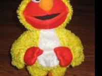 Fisher Price - Dancing Elmo. Sings and Dances to the