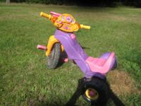 Fisher-Price Dora Lights and Sounds Trike--- Excellent