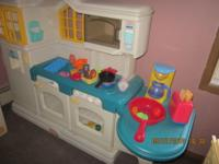 Excellent condition ,Kitchen set and washer/dryer