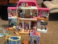 Fisher Price Loving Family Dollhouse with dolls,