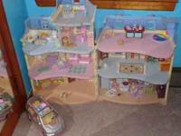 Fisher Price Loving Family Sweet Sounds Dollhouse