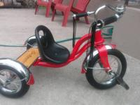 "SCHWINN. 12"" Schwinn Roadster Trike, red color,. great"
