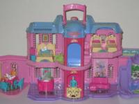 Fisher Price Sweet Streets Hotel and accessories. Has