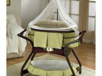Fisher-Price Zen Gliding Bassinet, In good condition