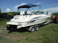 2007 FISHER LIBERTY 200 PONTOON BOAT . With room on