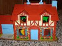Vintage Fisher Price play house ---has some FP people &