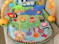 Fisher Price Baby Activity Gym Theme: Luv u zoo (has