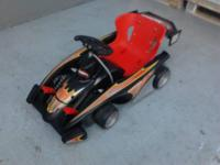 selling a hot wheels race kart in good condition.. it