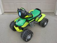 FISHER PRICE POWER WHEELS 12VOLT KAWASAKI NINJA HAS 2