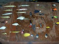 I have a group of 25 fishing lures some are Vintage