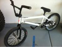 Im selling a custom FIT Custom bmx bike. Built from the