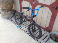 Im selling a custom 08 Fit Team Park BMX bike that has
