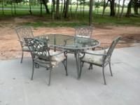 vintage retro wrought iron white patio furniture set like new for rh lemont il americanlisted com Patio Table and Chair Sets Round Patio Table and Chairs