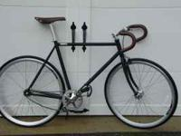This is a NEW fixed gear/ single speed road bike with a