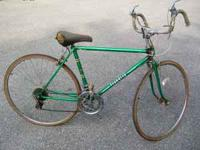OLD ROAD BIKE IN REALLY GOOD CONDITION FOR THE YEAR ALL
