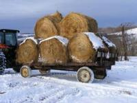 Flat bed hay wagon i use it for round bales i haul 8