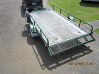 71/2' x 13' bed......single axle .....Electric