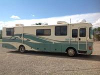 1996 Fleetwood Discovery, 36 ft., diesel pusher,