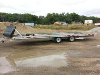 Up for sale is a 1995 Floe 6-place aluminum trailer it