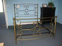 This a really strong, eye-catching steel bed. Has a