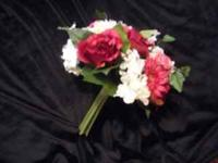 These large bouquets have white, burgandy and pink