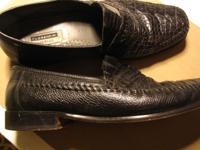 Beautiful Florsheim Imperial Black Alligator Shoes size