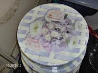 "There are 3 round hat boxes with bloom layout 16"", 14"","