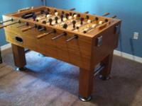 Table is in good condition and comes with 6 balls.