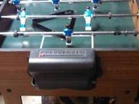 Foosball/Pool game table in very good condition.
