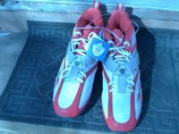 BRAND NEW IN THE BOX, RED AND WHITE DESIGN (SIZE 13.