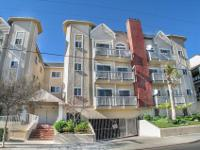 Just steps to Ventura Blvd., a 2BR + 2BA Cape Cod
