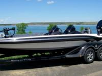 Description for sale: 2010 Ranger Z521 Comanche
